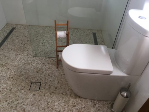 Bathroom with Flake Floor Coating